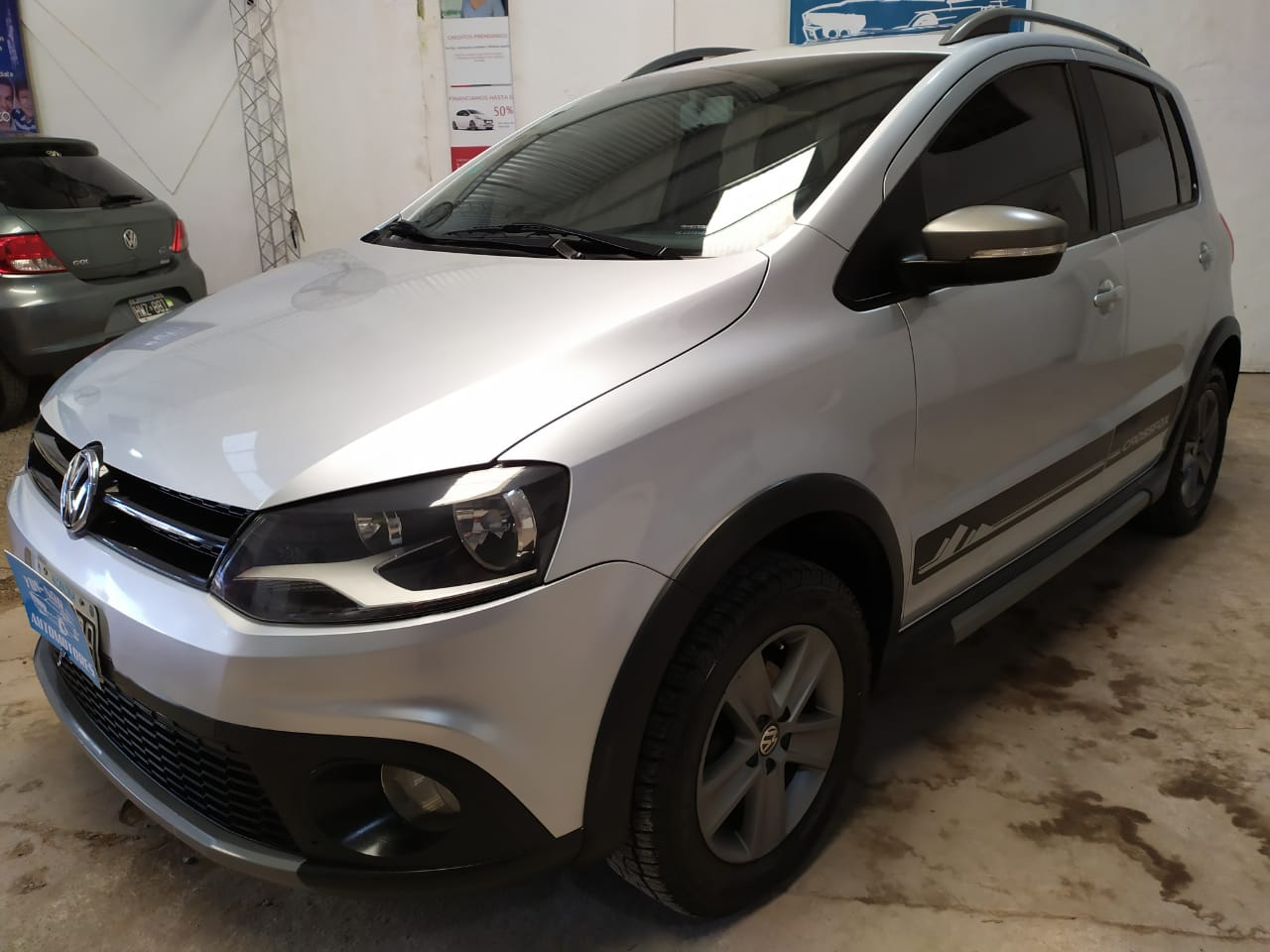 VOLKSWAGEN CROSSFOX HIGHLINE 2012