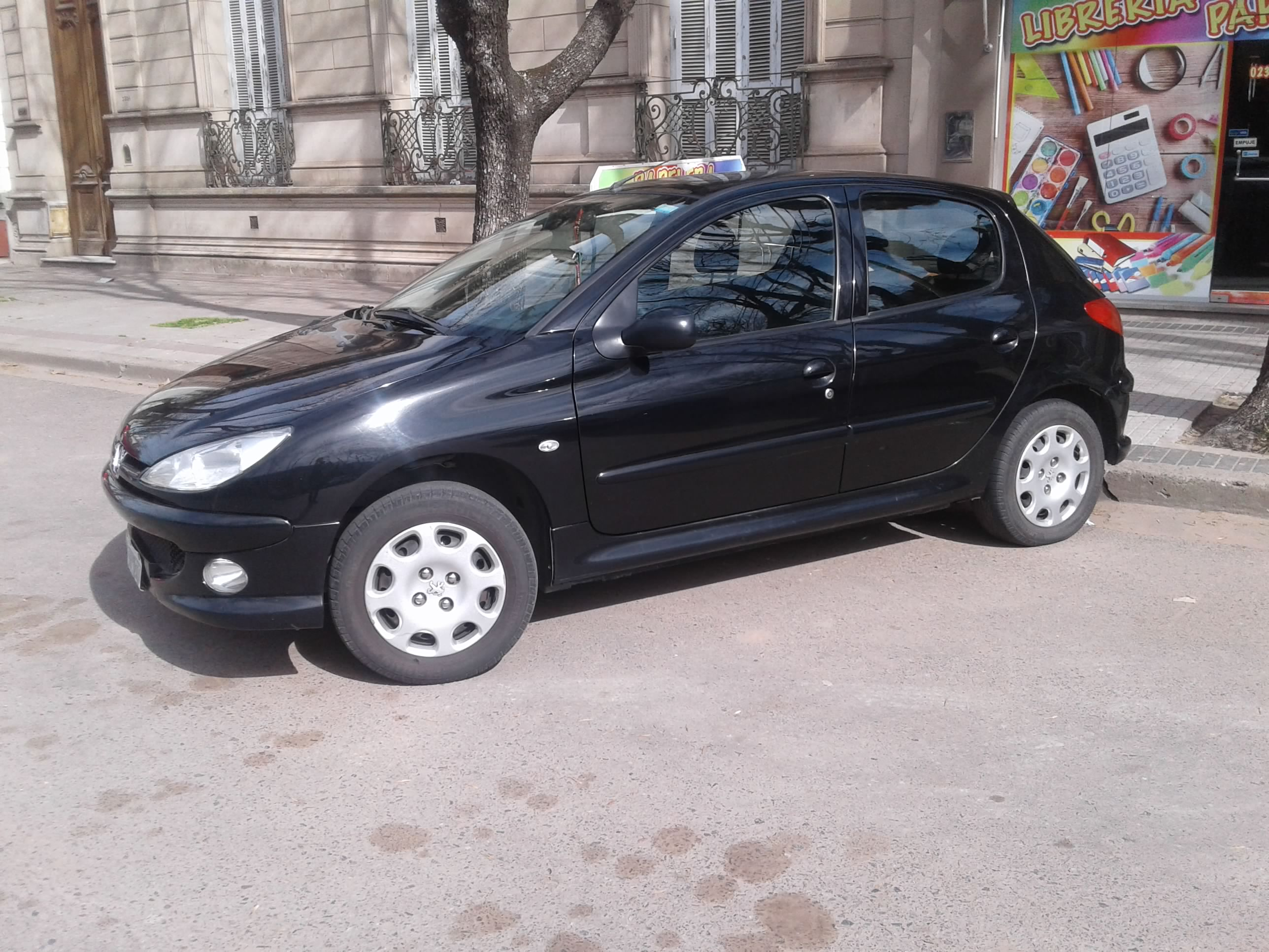 Peugeot 206 modelo 2008 68000km. IMPECABLE